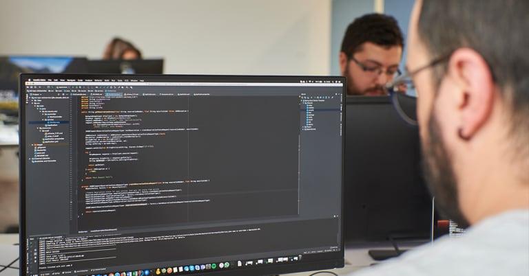 neusta Java Entwickler mit IDE